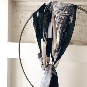 NWT VINCE CAMUTO 100% Silk Scarf